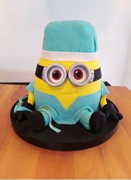 Torta Minion Médico